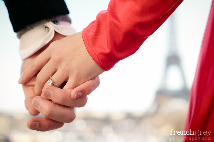 Engagement Paris French Grey Photography Mimi 003
