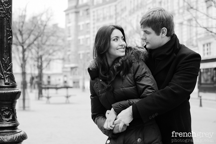 Engagement Paris French Grey Photography Valery 002