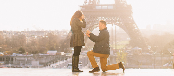 Surprise proposal photographer Paris