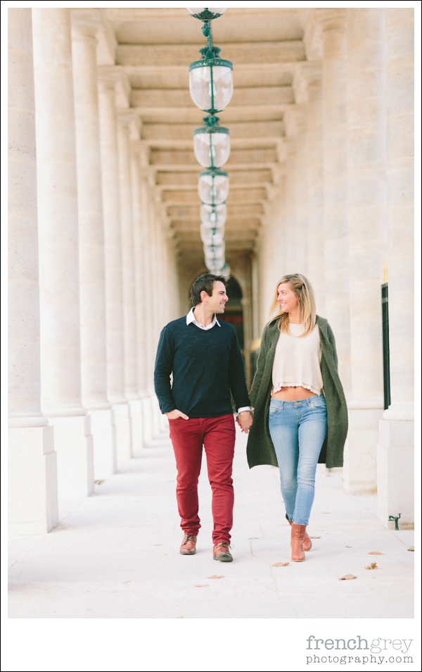 French Grey Photography Engagement Paris 030