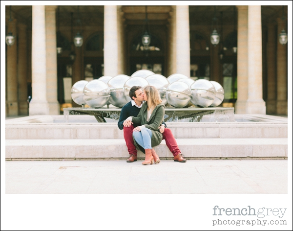 French Grey Photography Engagement Paris 032