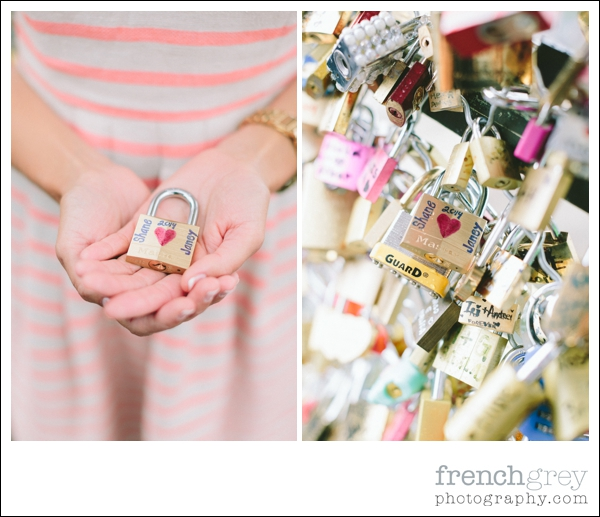 French Grey Photography Engagement Paris 034