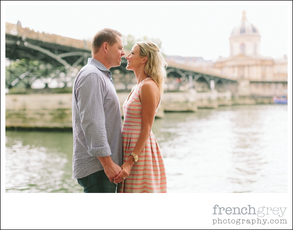 French Grey Photography Engagement Paris 046