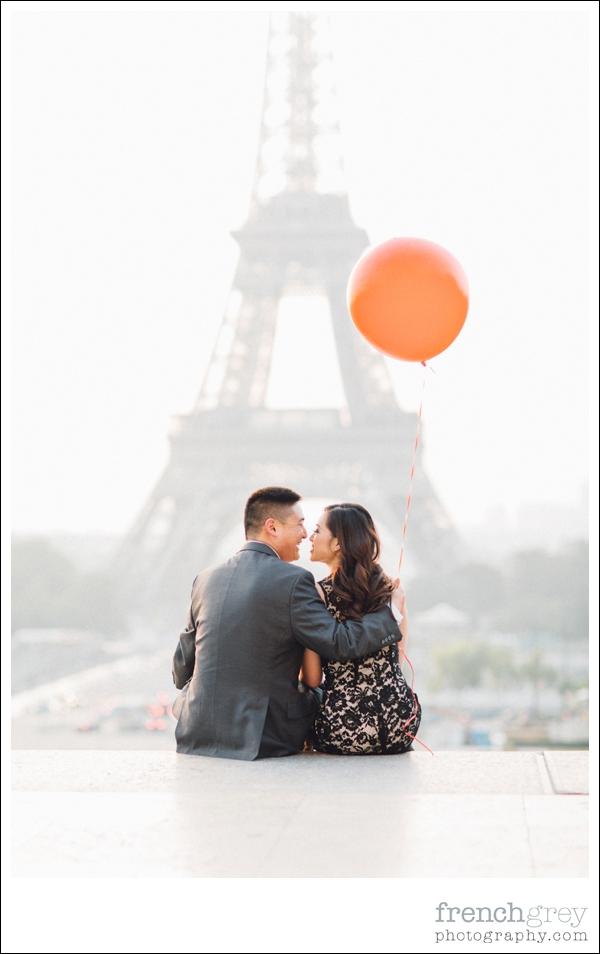 French Grey Photography Pre wedding Paris 007