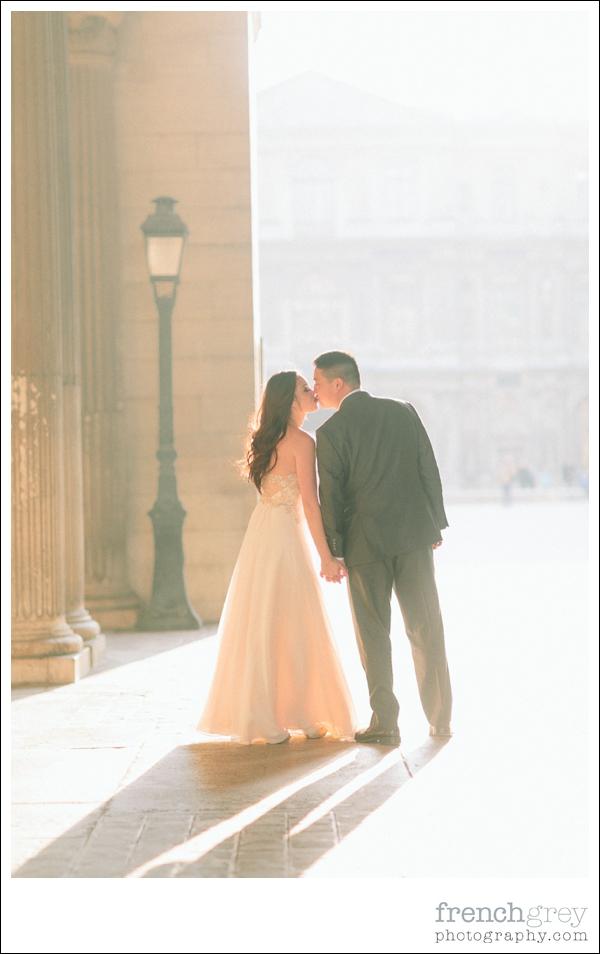 French Grey Photography Pre wedding Paris 040