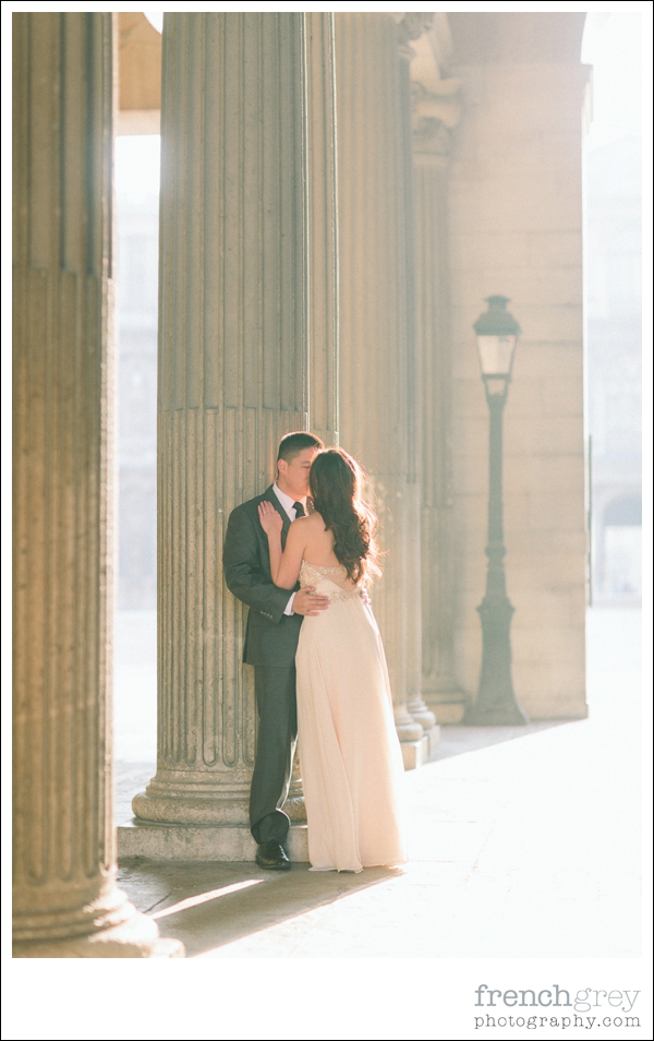 French Grey Photography Pre wedding Paris 041