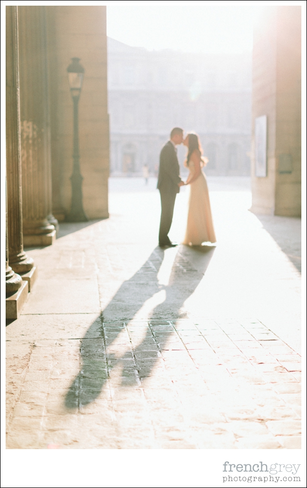 French Grey Photography Pre wedding Paris 045