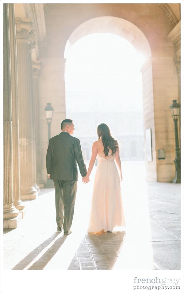 French Grey Photography Pre wedding Paris 046