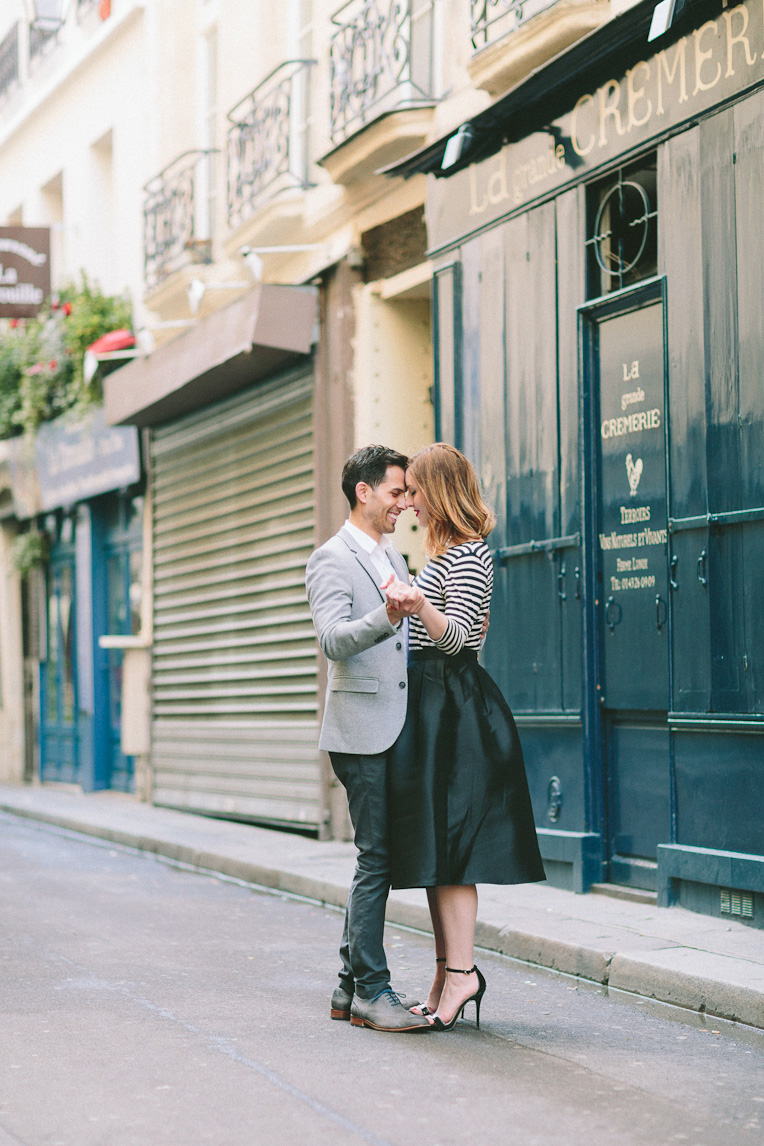 Paris Engagement by French Grey Photography 060